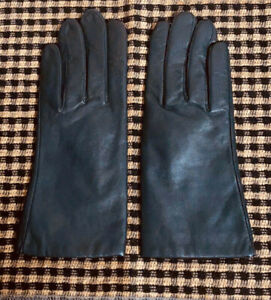 NEW-WOMENS ISOTONER BLACK KID LEATHER WINTER DRESS GLOVES WARM KNIT LINING-SZ 7