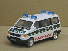 "VW T4 Bus in weiß/grün ""Polizei"", ohne OVP, Cararama, 1:43"