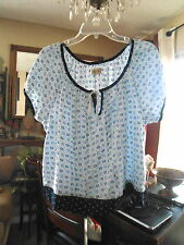 NWT ,.. HOLLISTER.. Woman's  Cami Top  .. Size M   Flowers