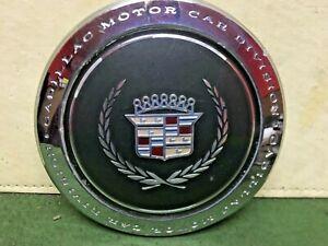 Cadillac center cap  1989 - 1993 Cadillac Deville Fleetwood  OEM Nice condition
