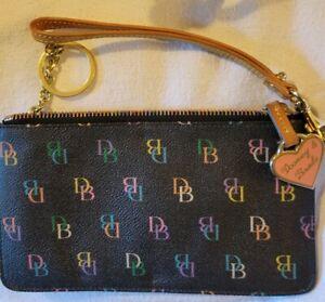 """Dooney & Bourke DB Pink Heart Wristlet w/ Key Ring 4 1/2"""" x 7 1/2"""""""