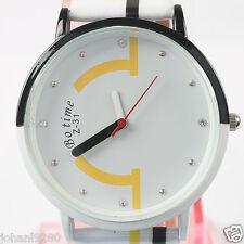 Uurwerk mooi, modern & fris  wit -zwart - geel  Ø 40 mm  L = 24 cm