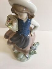 Lladro Spain Sweet Scent 5221 Girl with Basket of Flowers Mint Condition in Box