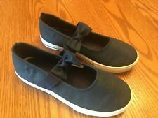 NEW! Carter's Girls Kids Canvas Slip On Mary Jane Flats Shoes Size 3 Blue White