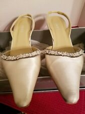 Ladies Candlelight Silk Heel, size 7.5 B,  by Grace