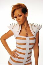 Rihanna Poster Length: 400 mm Height: 800 mm SKU: 12066