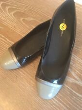NEW! Banana Republic 7 M Gray & Black Cap Toe Patent Leather Ballet Flats Shoes
