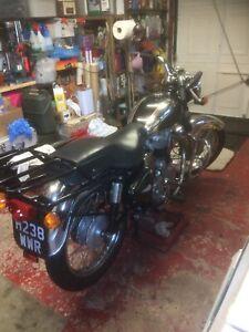 royal enfield bullet 350 deluxe motorcycle