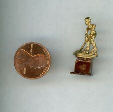 L144 Dollhouse Small Brazil World Cup Trophy 2014 Awards Miniature re-ment