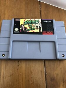 Zombies Ate My Neighbors (Super Nintendo SNES, 1993) Game and Dust Cover
