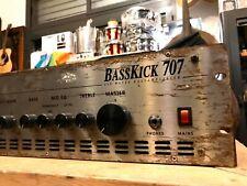 Hughes & Kettner Basskick 707