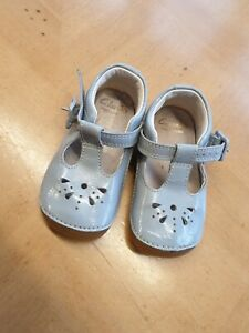 Clarks Baby Girl's Grey First Shoes Size 4F Infant