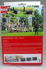 Busch 1067 Bausatz: Falknerei  - HO