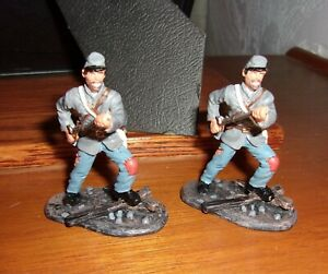 Wm. Britains 2 Confederate troops charging good shape no bayonets metal 1/32