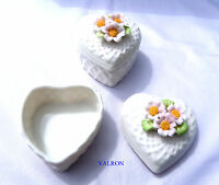PORCELAIN TRINKET BOX WITH DAISY FLOWER LID - CHOICE OF THREE STYLES