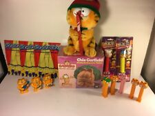Garfield The Fat Cat Cartoons Toys Collectibles Lot Pez Plush Chia Pet Wind Ups