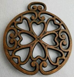 """Pampered Chef 2007 """"Round Up From The Heart"""" Wrought Iron Trivet"""