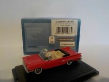 Chrysler 300 convertible - Red, 1/87 New Oxford 87cc61001