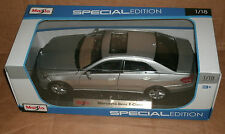 1/18 Mercedes Benz E350 Sedan Diecast Model - 2009 Mercedes E Class Maisto 31172