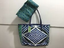 Dr Yany NWT adorable patterned purse with dust bag