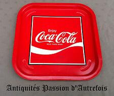 B20130311 - Grand plateau en métal Coca Cola -35 X 35 cm - Bon état