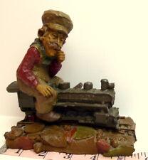 Chief Train Engine Gnome Tom Clark Gnomes 1986 Cairn Studios Retired
