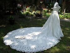 Davids Bridal Wedding Dress!NWT! Battenburg Lace Pattern W/Crystals