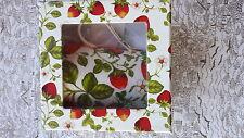 Jameson&Tailor  Tasse Becher Milchkaffee Design Erdbeere  Porzellan