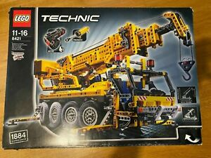 Complete - LEGO Technic Mobile Crane (8421). Discontinued Set.
