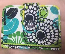 NEW Vera Bradley Limes Up Snappy Wallet Floral Blue White Green Quilted NWOT HTF