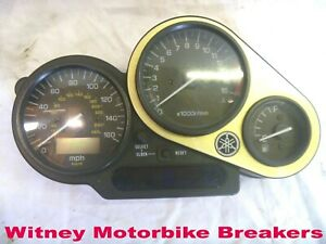 YAMAHA FZS600 CLOCKS SPEEDO METERS INSTRUMENTS FZS 600 600S FAZER 2000-01 5DM
