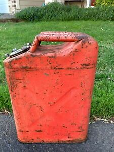 Vintage USMC Metal Gas Jerry Can Jeep 4x4 Military Fuel 5 Gal Red No Reserve