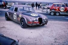PHOTO  ROD FORBES' WALWORTH RACING TEAM JAGUAR MKII 3.8 TAKES CENTRE STAGE WHILE
