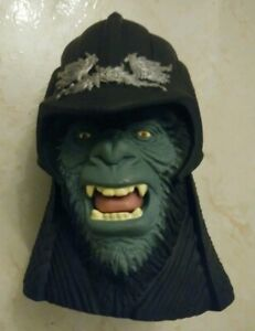 VINTAGE 2001 PLANETS OF THE APES KFC ATTAR PUPPET HEAD RARE