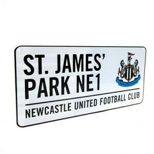 NEWCASTLE UNITED FC OFFICIAL CLASSIC METAL STREET SIGN - FOOTBALL GIFT