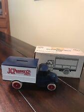 ERTL J.C.Penney Co. 1926 Mack Delivery Truck Bank New