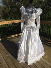 Gorgeous Vintage Beaded Lace Cathedral Train Wedding Dress Bridal Gown size 8-9