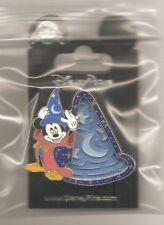 Disney -  Maze - Sorcerer Hat with Sorcerer Mickey Pin