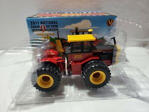 1/32 Versatile 935 2011 National Farm Toy Show Tractor by ERTL