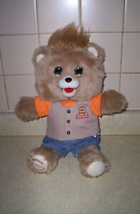 Teddy Ruxpin 2017 Animated Plush Talking Storytelling Bear Bluetooth LCD Eyes