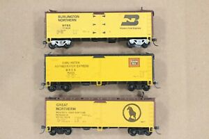 HO 3 Athearn Wood-Side Ice-Bunker Refrigerator Cars, BN, GN & CBQ missing parts
