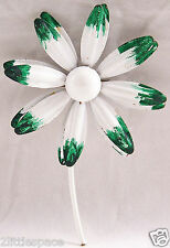 Vintage Daisy Flower Pin Floral White Brushed Green Painted Enamel Brooch 3,3/4""