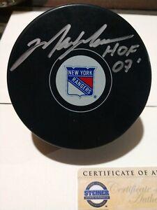 """Mark Messier New York Rangers Signed Hockey Puck & """"HOF 2007"""" Insc - Steiner COA"""