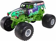 Hot Wheels Monster Jam Giant Grave Digger Truck Mega Tires BRAND NEW 3+