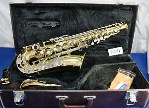Yamaha Alto YAS-23 Made in Japan Saxophone, Student, starter level play ready