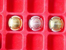 lot de plaques de muselet champagne / MANDOIS