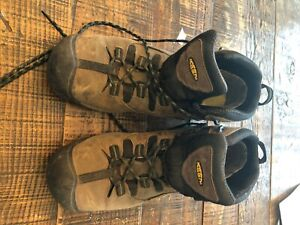 mens keen hiking boot size 14