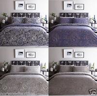 Topaz Paisley Reversible Duvet Cover/Quilt Cover Set Bedding Natural/Blue/Multi