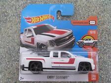 Hot Wheels 2017 #060/365 Chevrolet Silverado Blanc Hw Hot Camions