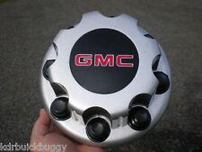 01 - 11 GMC Sierra Van 2500 3500 Dually Silver Rear OEM Center Cap P/N 15053705